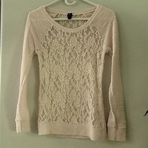 Delicate Floral Lace Long Sleeve Shirt